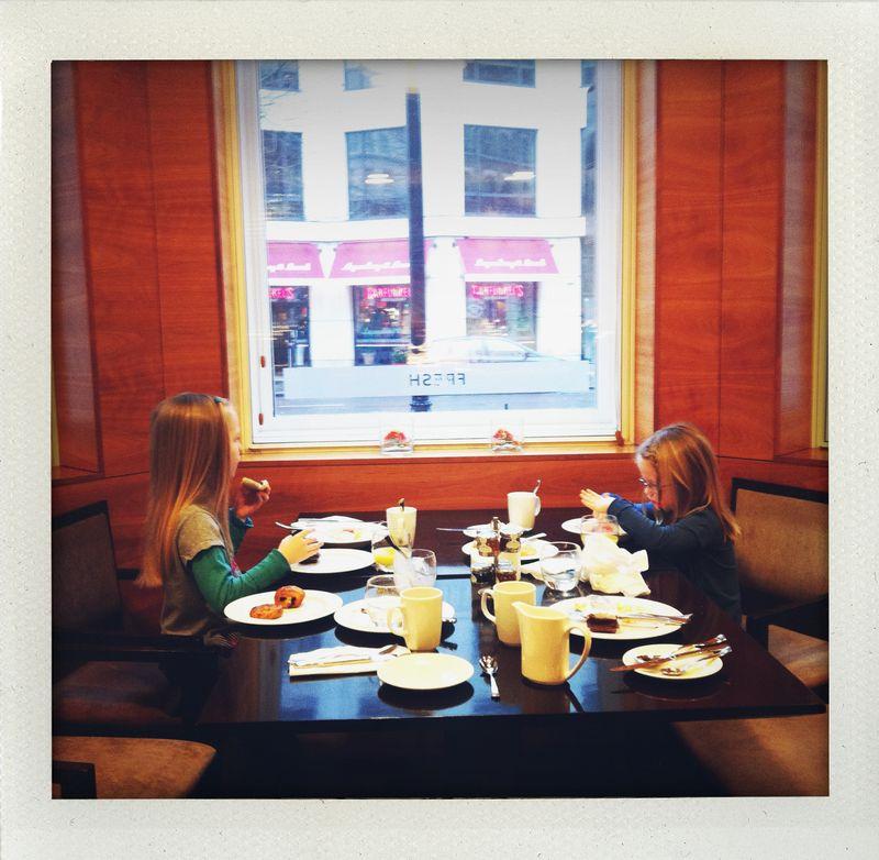 Girlsatbreakfast